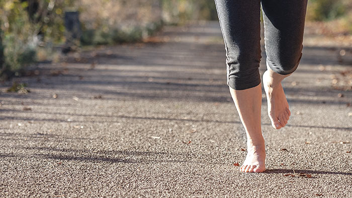 How to Safely Transition to Barefoot Running
