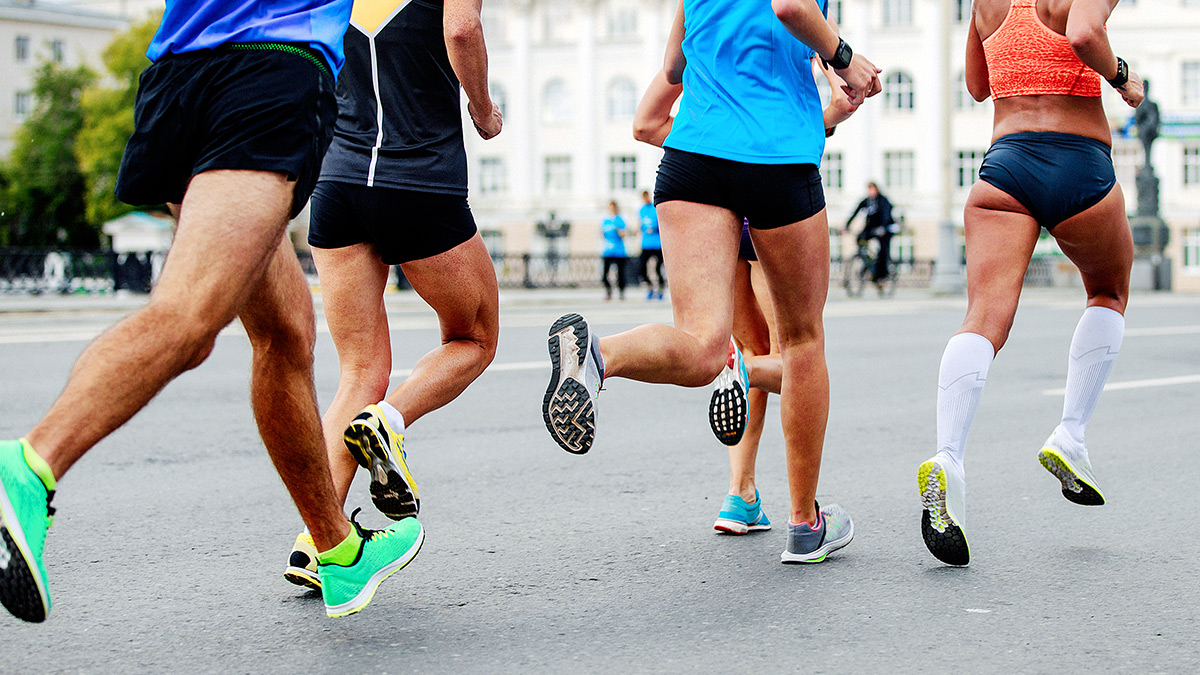 teatro Inconveniencia Masculinidad  Is More Cushioning Better For Long Distance Running Shoes? | TrainingPeaks