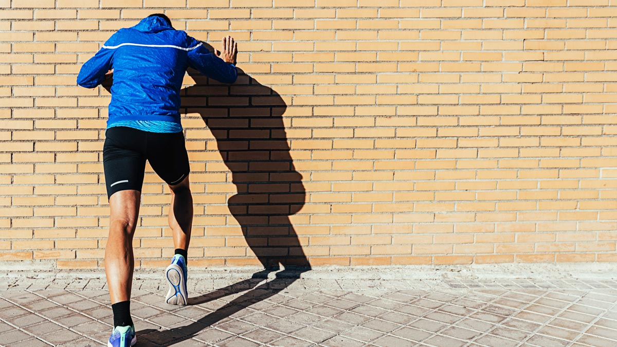 Key Workouts to Help You Run Your Best Marathon This Winter