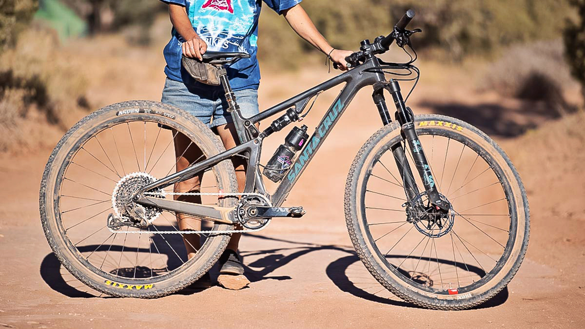 See What it Takes to Set a White Rim FKT
