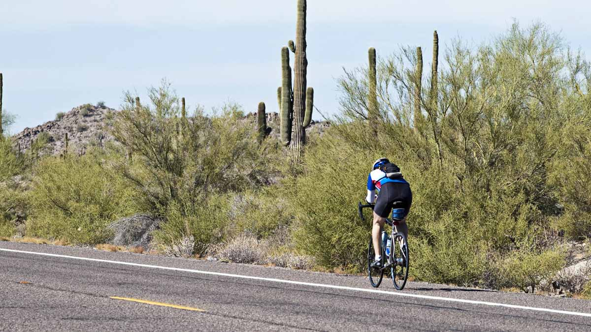 How to Help Cyclists Reduce Low Back Pain
